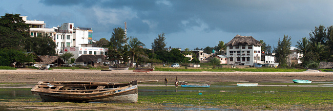 Malindi. View neighborhood Shella on Silversand Road